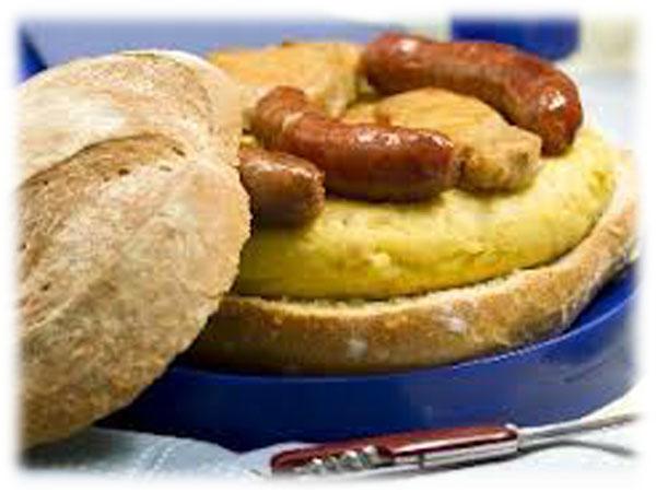 Boya con Tortilla y Chorizos de Orza